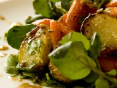 Salade de pommes de terre et carottes rôties - Photo par 750g