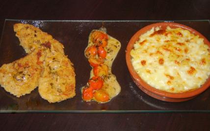 Escalope à la milanaise sauce aux tomate cerise et gratin de pâtes - Photo par christfHM