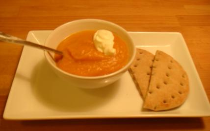 Soupe aux poivrons et légumes du jardin - Photo par meyer