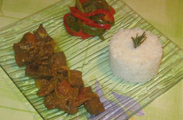 Ragoût de porc aux épices comme à Goa - Photo par minieupsse