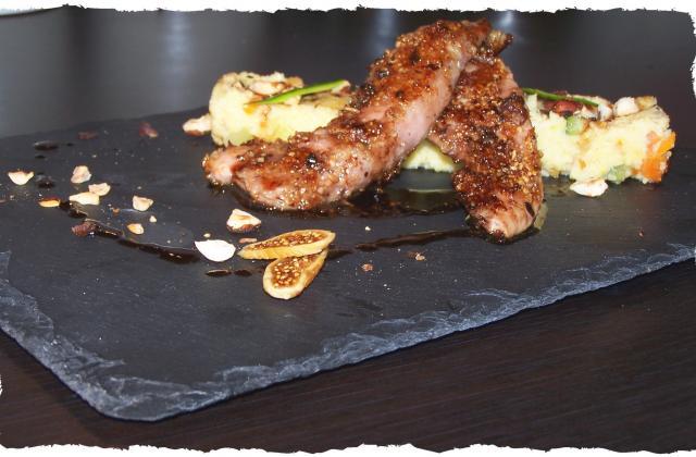 Aiguillettes de canard fermier des Landes panées figues-noisettes et sa polenta crémeuse - Photo par audrey bureau
