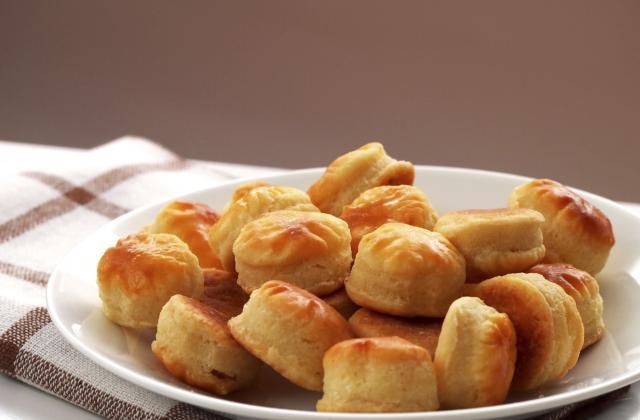Bouchées au fromage râpé - Photo par mathildee