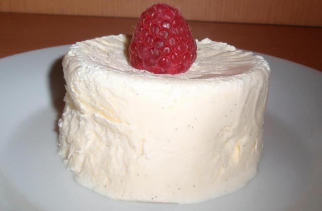 Glace à la vanille maison (sans sorbetière) - Photo par La cuillère aux mille délices