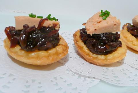 Mini-tartelettes au Foie Gras et au Confit d'Oignons - Photo par Nadji.
