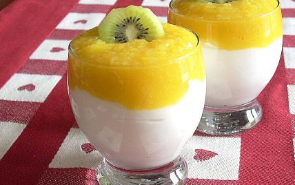 Mousse lègère au coulis de mangue - Photo par La soupe à la citrouille