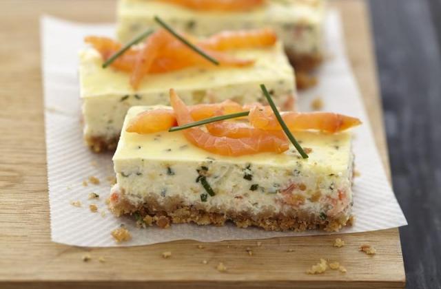 Cheesecake au saumon fumé et fromage Carré Frais - Photo par Quiveutdufromage.com