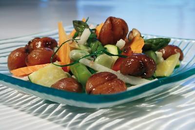 Wok de légumes d'automne aux marrons du Périgord grillées - Photo par 750g