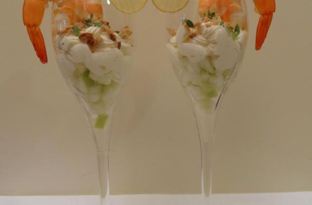 Verrines pommes-crevettes acidulées et chèvre frais - Photo par Lili B.