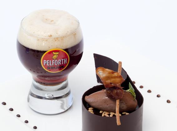 Le chocolat, la noisette du Piémont et le carambar - Photo par Tendances Bière