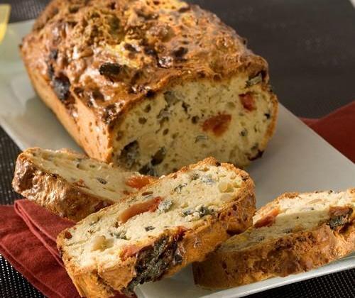 Cake au Saint Agur aux tomates séchées - Photo par Quiveutdufromage.com
