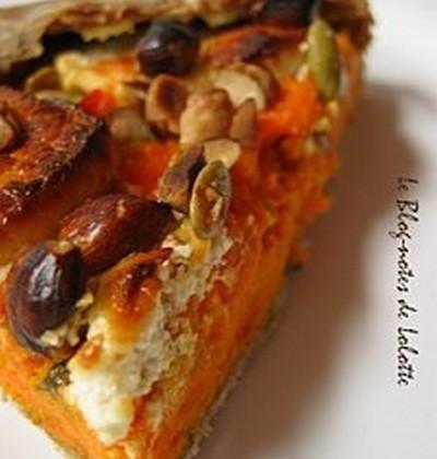 Galette carottes/chèvre à l'estragon, huile d'argan et noisettes - Photo par lolottf