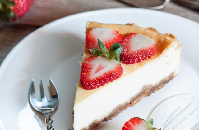5 cheesecakes que l'on adore accompagner de fruits rouges - Photo par Nadia ZeroMiette