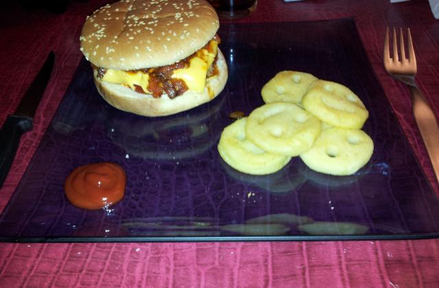Hamburger au paprika recette facile - Photo par mymoo
