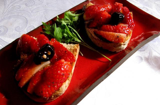 Tartine salée aux fraises - Photo par orifhc