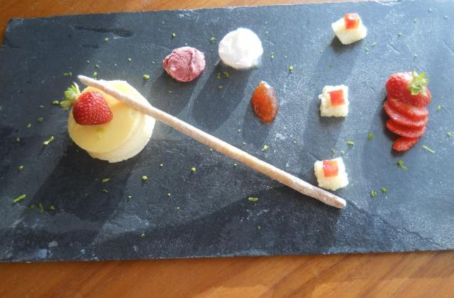 Fraise, fromage blanc, citron vert et spéculoos - Photo par mumuko