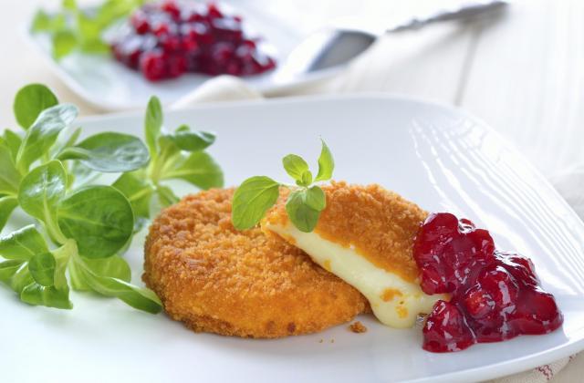 Croustillant de camembert de Normandie au coulis de groseille - Photo par 750g