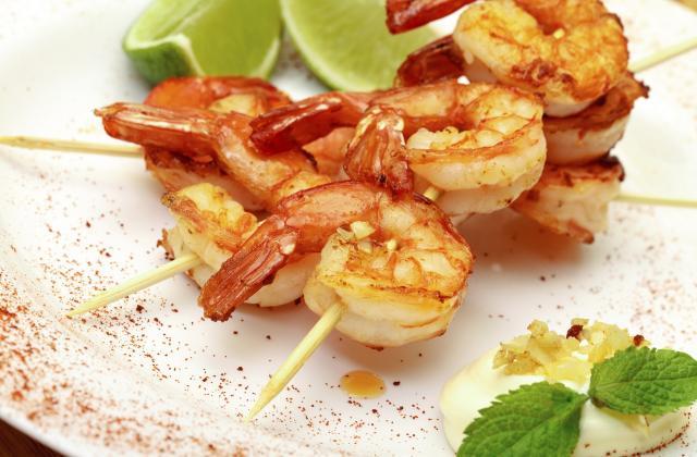 Brochettes de crevettes marinées aux épices - Photo par Bérengère