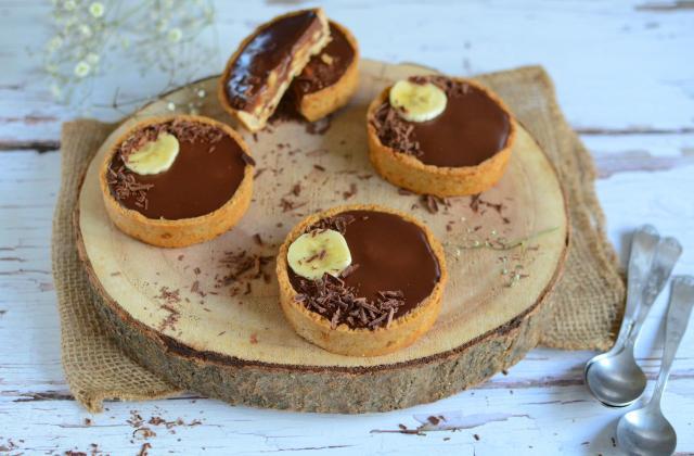 Tartelettes healthy au chocolat et banane - Photo par Nadia Paprikas