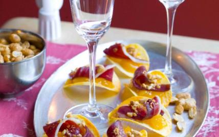 Tuiles de magret de canard, chutney de mangue et éclats de cacahuètes - Photo par Instant craquant