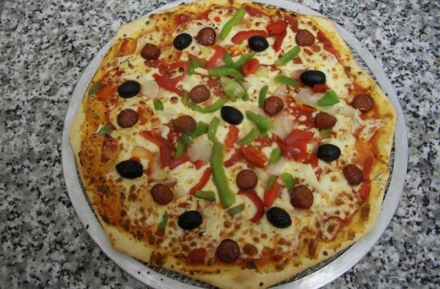 Pizza aux Merguez - Photo par nounoubxu