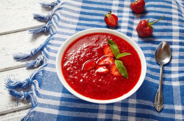 Soupe de fraises menthe gingembre - Photo par NaturéO