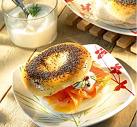 Bagels aux oignons et graines de pavot - Photo par Luminarc