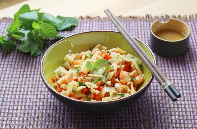 Salade de crevettes, menthe, poivrons et pousses de bambou - Photo par Silvia Santucci