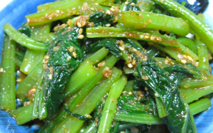 Namuru de Komatsuna ou d'épinards  - recette coréenne - Photo par Amelie a-vos-baguettes