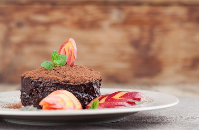 Gâteau à la mousse au chocolat gourmand - Photo par Nazia