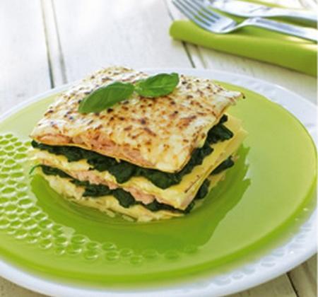 Lasagnes au saumon et aux épinards traditionnelles - Photo par Luminarc