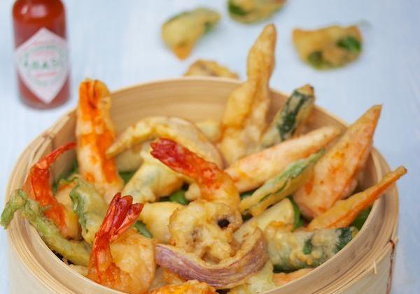 Tempura légumes et crevettes - Photo par Amora