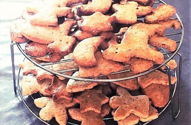 Biscuits alsaciens aux amandes  ou schwowebredele - Photo par Sandrine Gerardin Ueberschlag