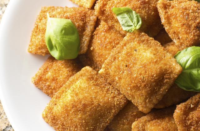 Ravioles frites à la mozzarella et basilic - Photo par 750g