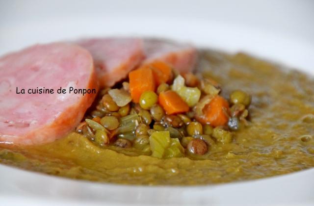 Soupe de lentilles et saucisse de Morteau - Photo par Ponpon