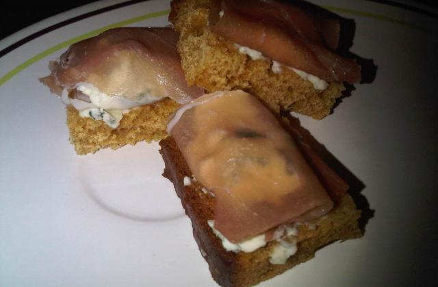 Toast au pain épices - Photo par fkatia