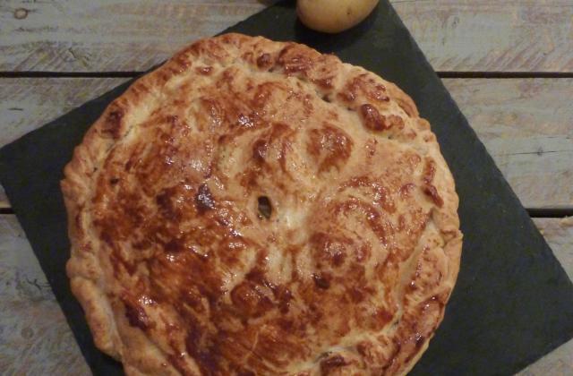 Pâté aux pommes de terre et Boursin Cuisine Ail et fines herbes - Photo par beltran