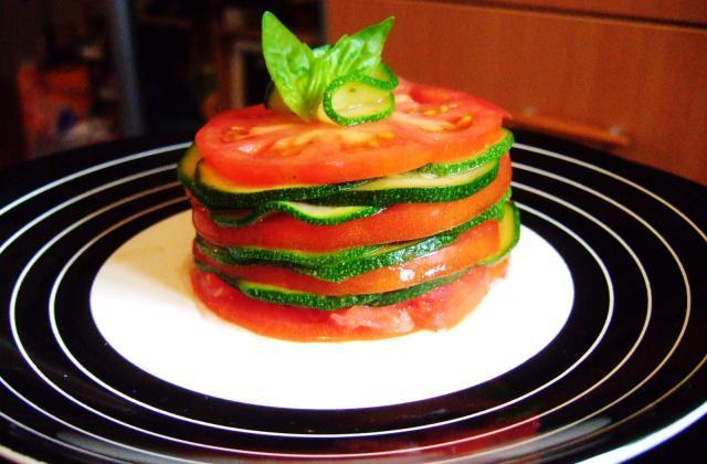 Millefeuille de courgettes et tomates - Photo par missizi
