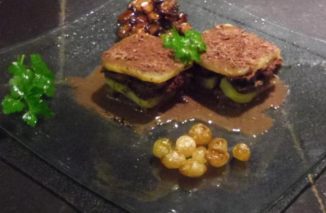 Boeuf bourguignon sur sa sauce en gelée - Photo par angoli