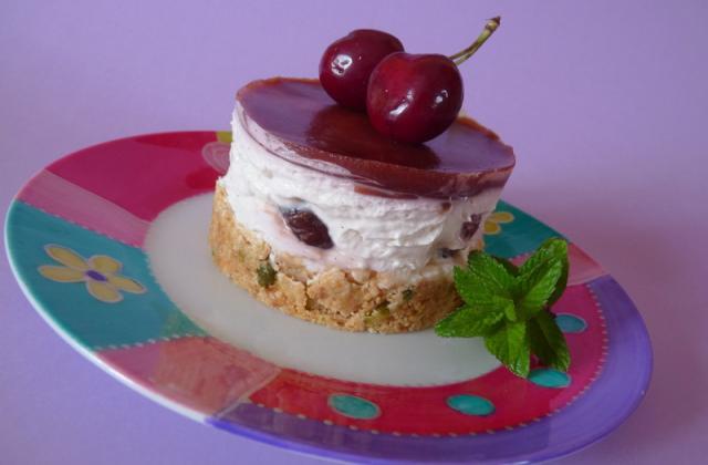 Cheesecake aux cerises sans cuisson - Photo par coco28
