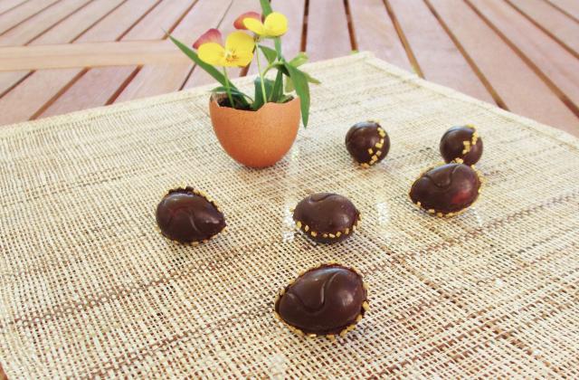 Petits œufs au chocolat, fourrés à la crème de citron - Photo par Carottesjaunestomatesroses
