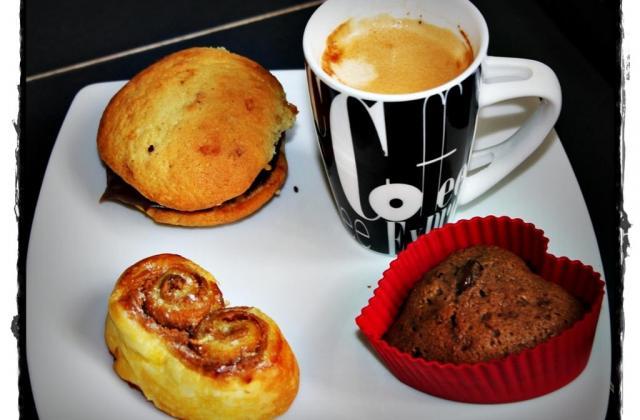 café gourmand à ma façon - Photo par Les douceurs d'Ema et Tom