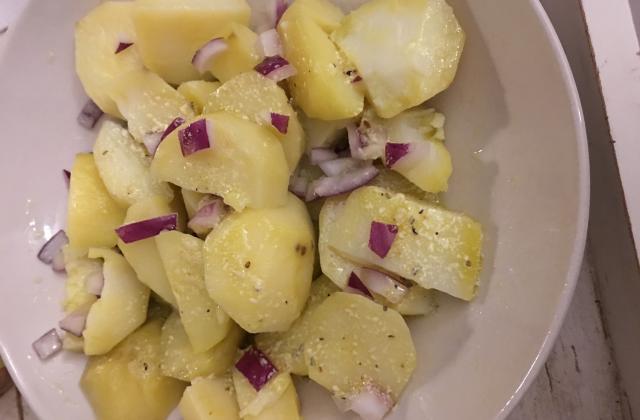 Salade de pommes de terre de ma maman - Photo par mlessa