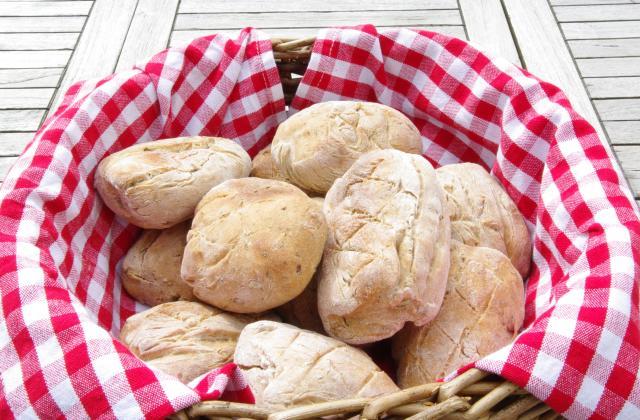 3 pains que l'on peut faire sans pétrissage - Photo par Evacuisine