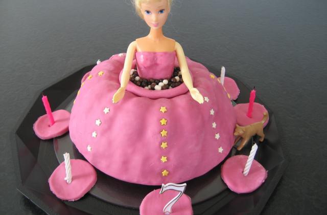 Gâteau anniversaire Barbie - Photo par delph13