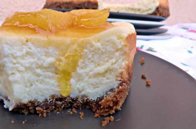 Cheesecake vanille, mangues caramélisées et spéculoos - Photo par ratou