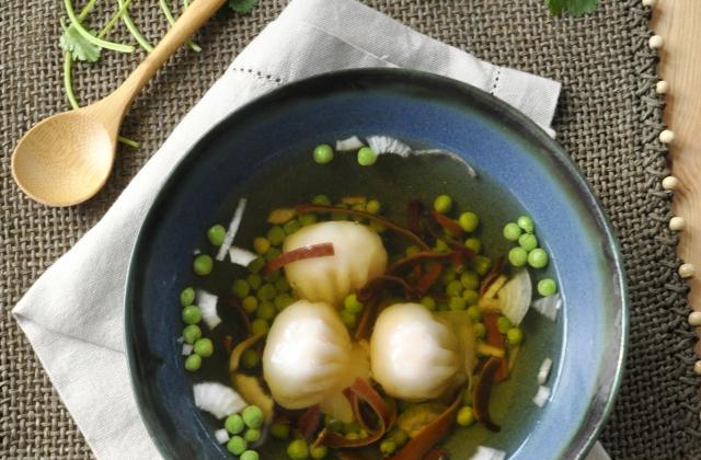 Bouillon aux champignons noirs et Hacao - Photo par 750g