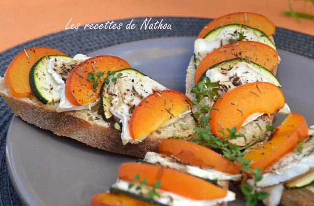 Crostinis aux abricots, courgette et fromage de chèvre - Photo par Communauté 750g