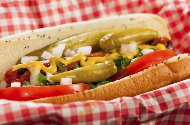 Hot dog à l'americaine : 25 garnitures que vous n'auriez pas imaginé - Photo par Marie-Rose Dominguès