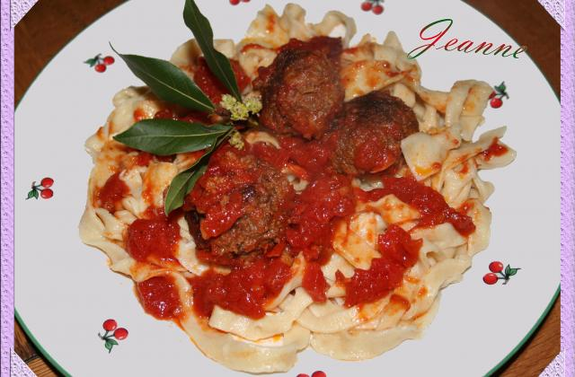 Boulettes de boeuf à la tomate - Photo par Jeanne la malice