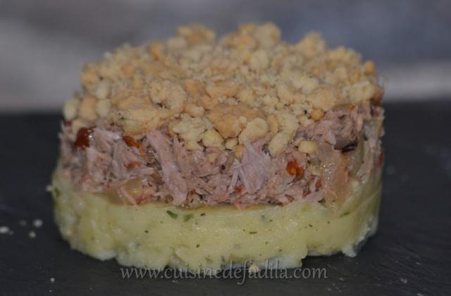 Crumble de thon à la tomate séchée sur son lit de pommes de terre - Photo par Saupiquet